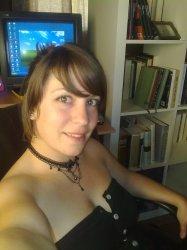 Chica busca trabajo de camarera [PUNIQRANDLINE-(au-dating-names.txt) 25